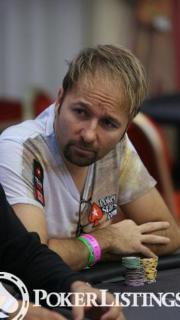 Daniel Negreanu2