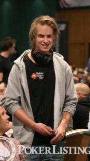 Viktor Blom29