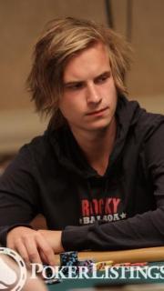 Viktor Blom4
